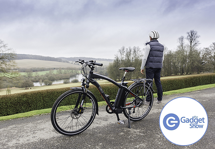 A cyclist admiring the rolling hills with his VOLT Pulse e-bike