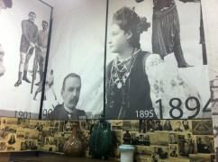 Literatos y escritores ucranianos. Museo de Literatura de Kharkiv.