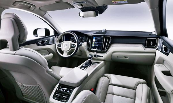 Volvo XC60 2022 Facelift Interior