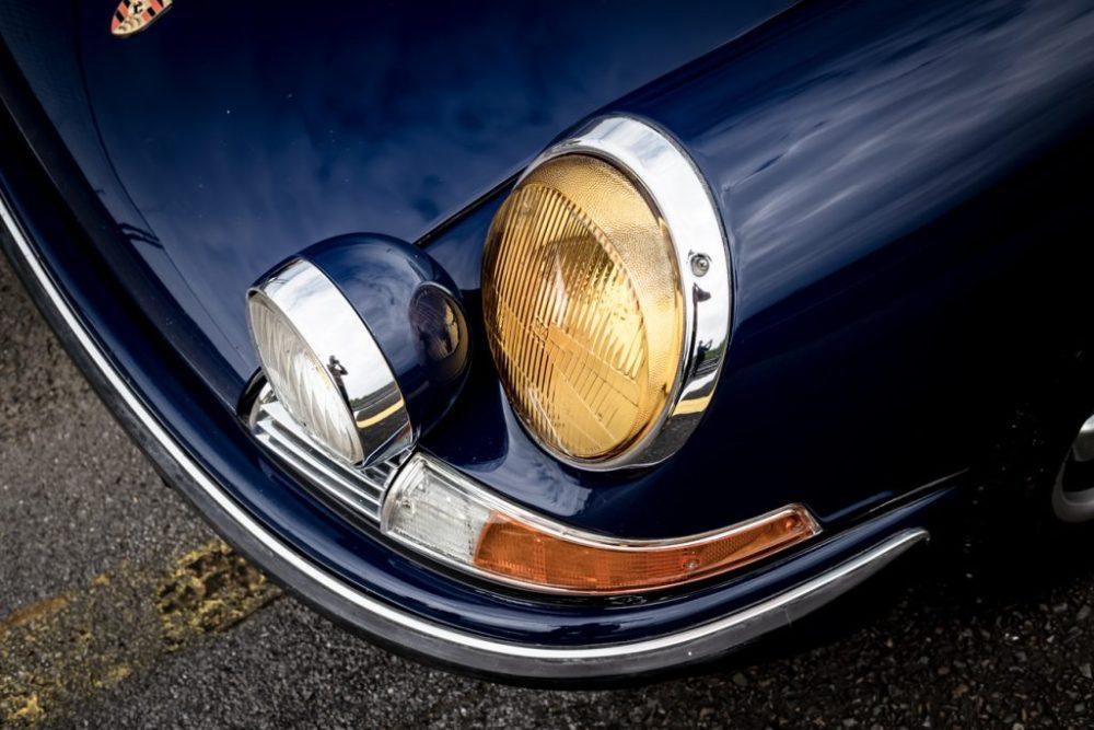 Early Porsche 911 spotlight