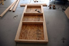 bench top framed with pockets for the pillars