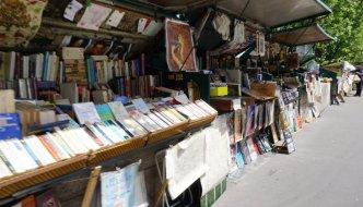 Die Buchhändler an der Seine in Paris – Bouquinisten von Paris