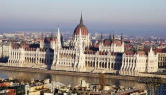 Kleiner Rundgang durch das Parlamentsgebäude in Budapest