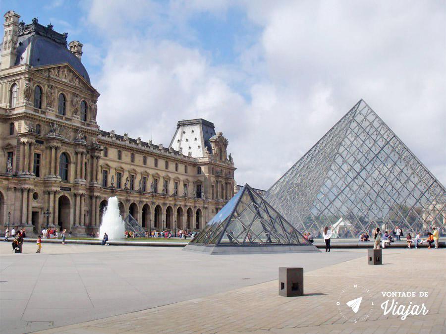 melhores-museus-do-mundo-museu-do-louvre-em-paris