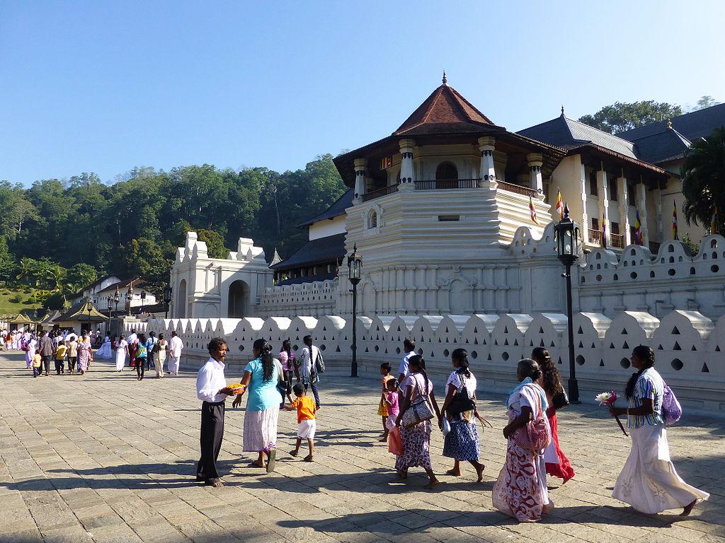 Sri Lanka - Templo do dente do Buda em Kandy - foto Ji-Elle