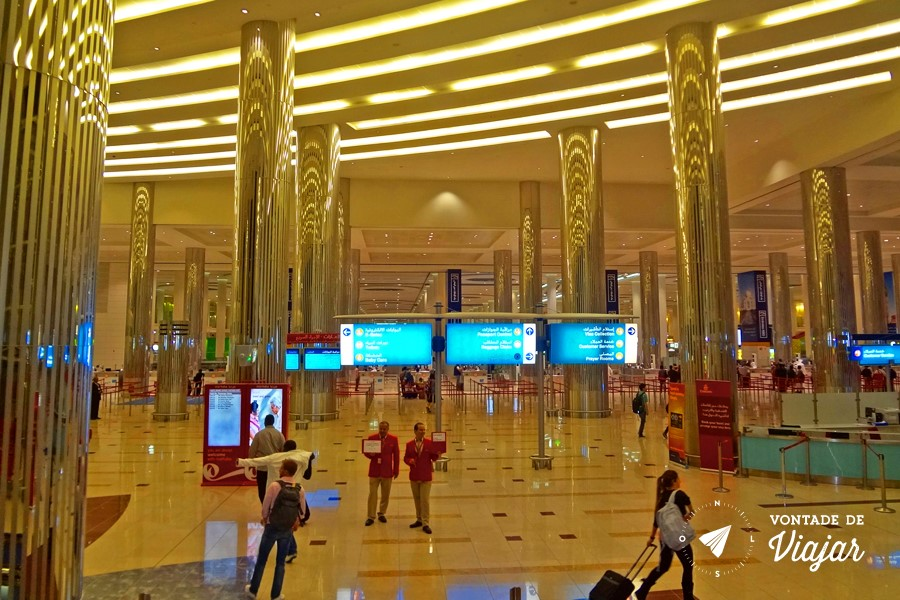 Dubai - Aeroporto dourado da Emirates