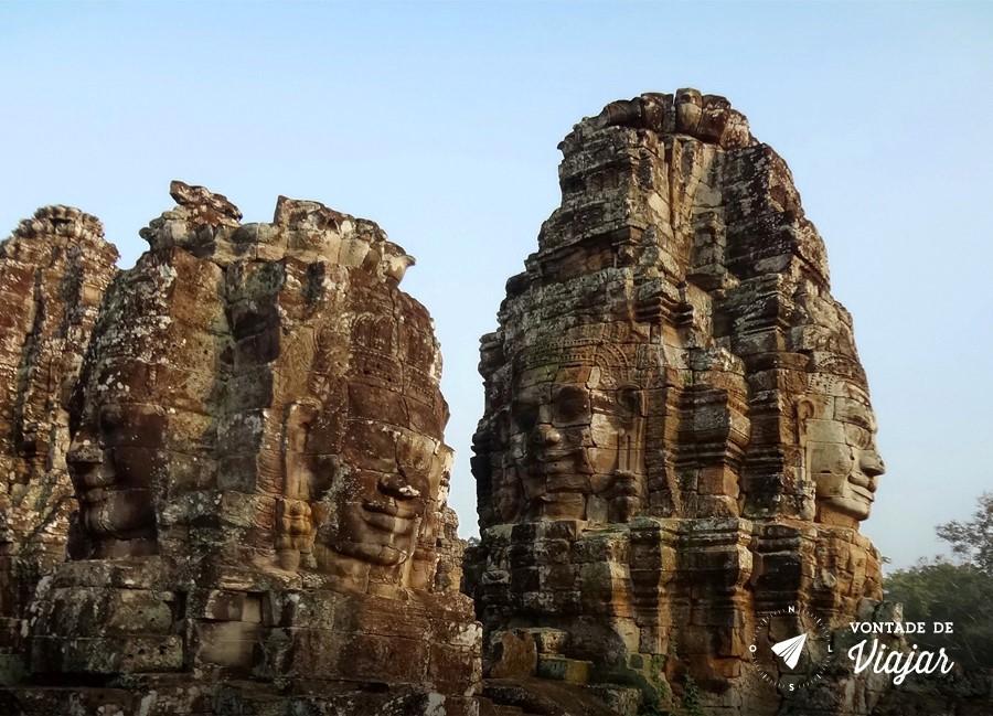 Angkor Wat - Rostos do imperador Khmer no templo Bayon