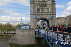 torre-de-londres-exposicao-tower-bridge