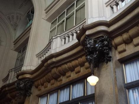 Detalhe do inferno no hall do Palacio.
