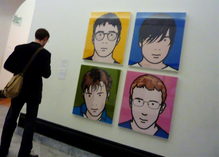 capas-de-dicos-em-londres-blur-na-national-portrait-gallery-foto-de-daniel-weire-no-flickr