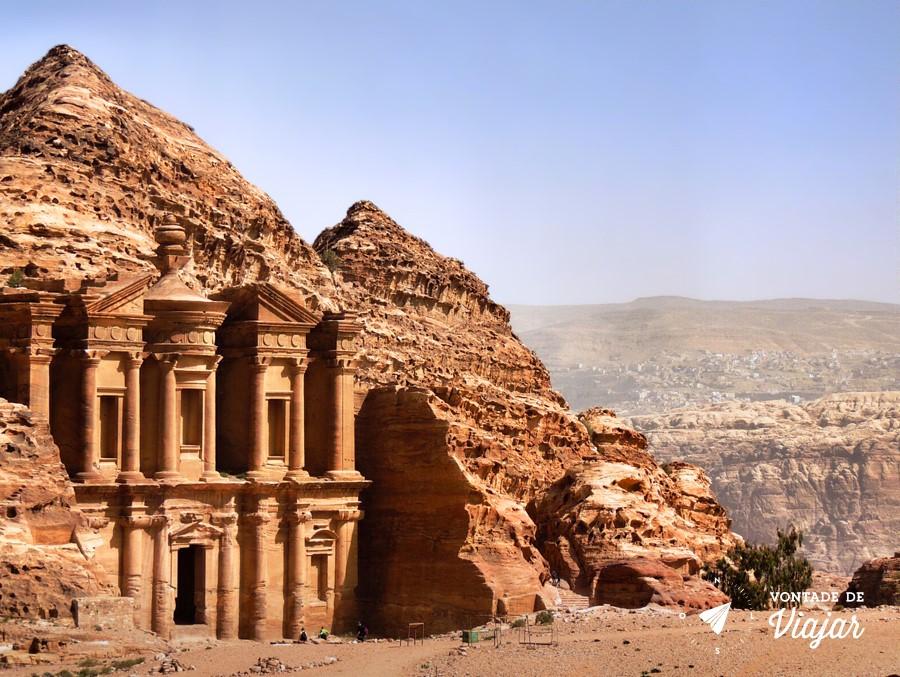 Petra - Ruinas do Tesouro na Jordania