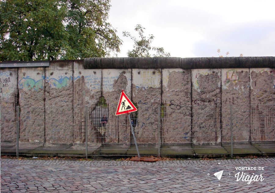 Historia do Muro de Berlim - Muro destruido