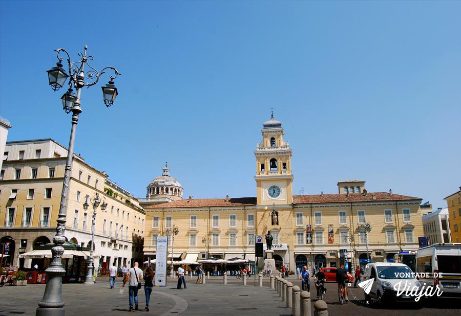parma-italia-piazza-garibaldi-foto-do-blog-vontade-de-viajar