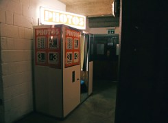 Cabines de fotos 3x4 - Pizza East Photo Booth Londres - foto Rukaya Cesar