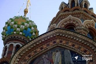 st-petersburgo-catedral-do-sangue-derramado-arquitetura