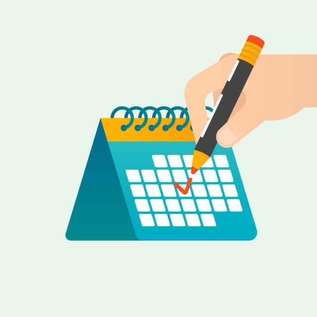 Calendário de conteúdo. Lápis marcando uma data aleatória em calendário.