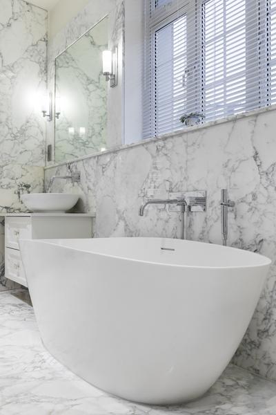 0208-calacatta-marble-bathroom-oval-freestanding-bath-nw8-st-johns-wood-vorbild-architecture-8