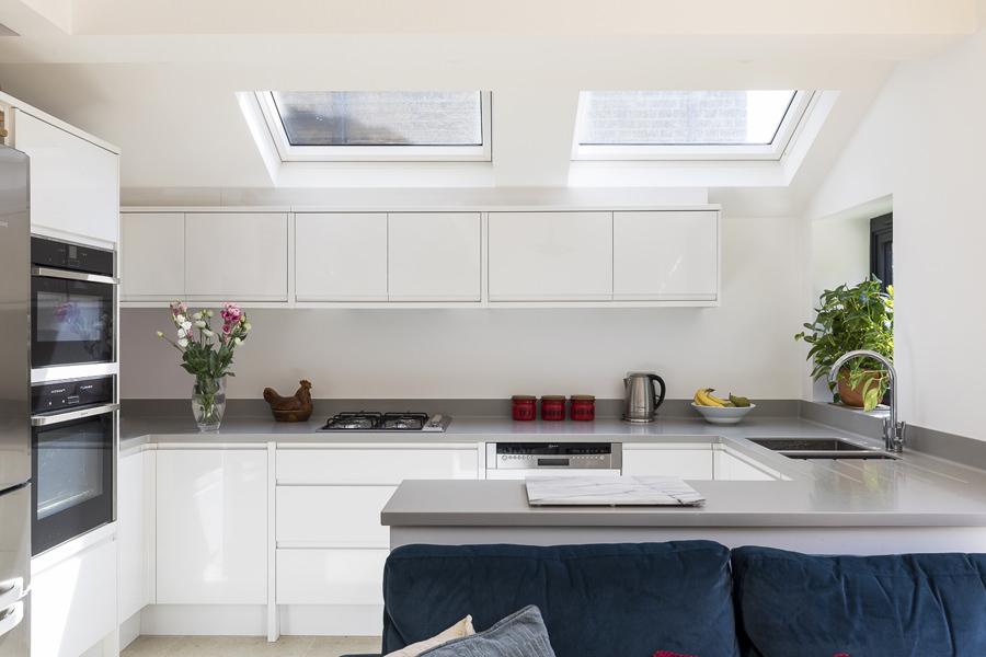 0227 - Side extension to ground floor apartment in Kilburn vorbild-architecture-hgarden-flat-kitchen-bathroom-queens-park--19