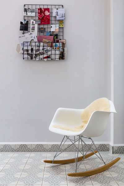 0401-modern-rocking-chair-vorbild-architecture