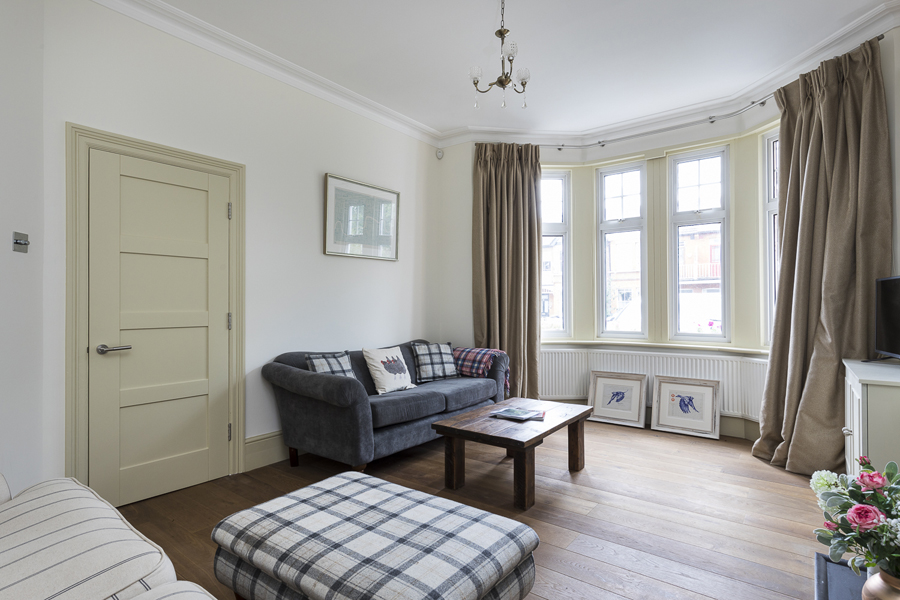 647 cottage style living room chiswick