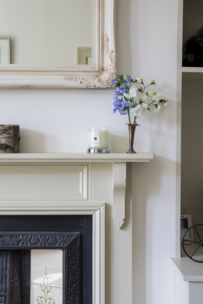 647 white fireplace surround country style living room in w4