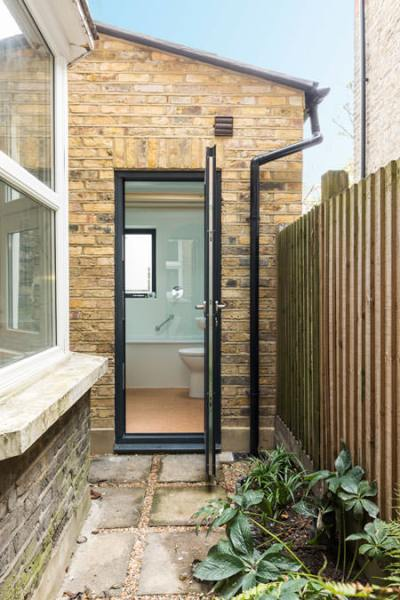 0527 side extension door onto a secluded garden in North west london