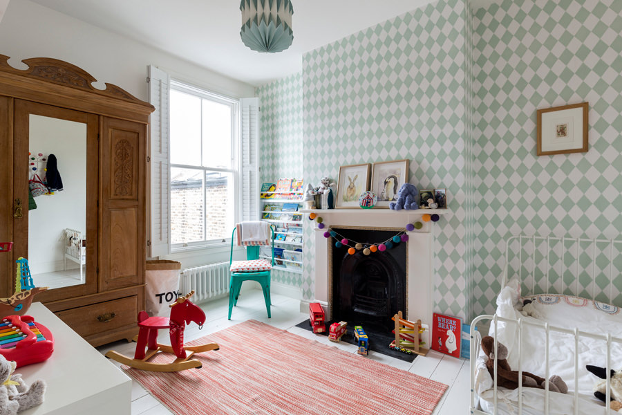 0401-children-bedroom-kids-room-wallpaper-green-nw6-vorbild-architecture