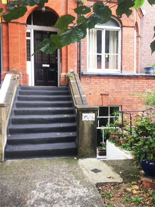 0736 entrance to garden apartment before renovation works in west hampstead