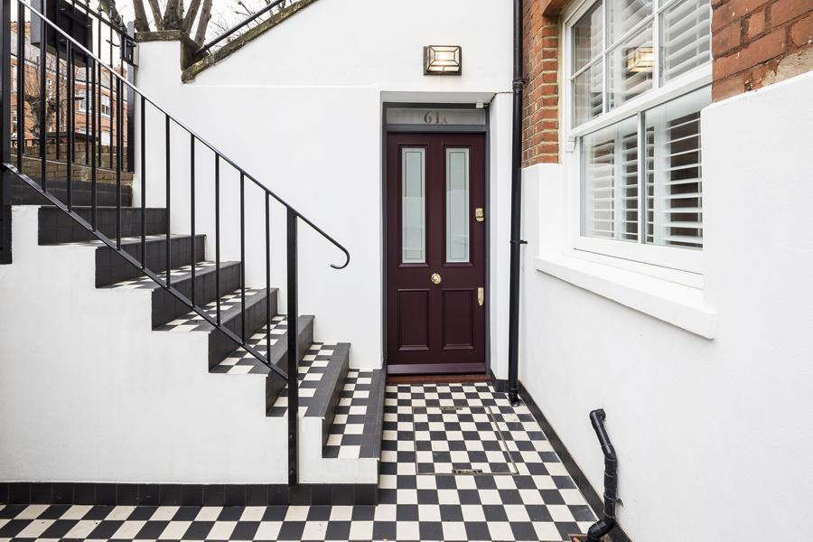 0736 lower ground floor floor maroon door