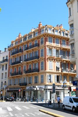 haussmannian-style-architecture-in-nice-france-vorbild-architecture-1