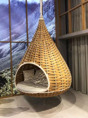 outside-furniture-salone-di-mobile-milan-2018-vorbild-architecture-feature