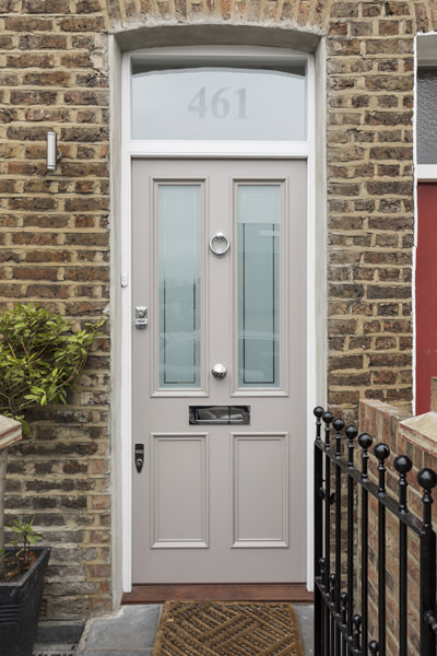 0605 - Complete refurbishment of a House in Hammersmith -vorbild-architecture-grey-front-door-2