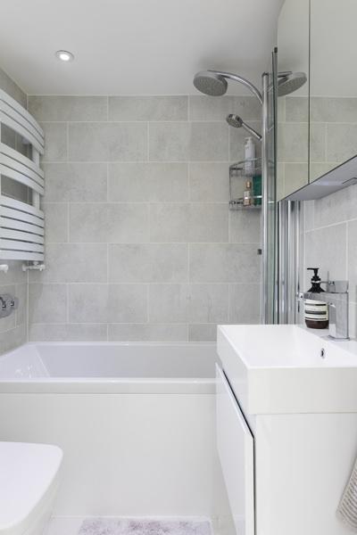 0605 - Complete refurbishment of a House in Hammersmith vorbild-architecture-family-bathroom-21