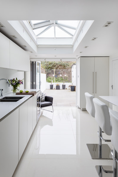0605 - Complete refurbishment of a House in Hammersmith vorbild-architecture-kitchen-white-roundhouse-28