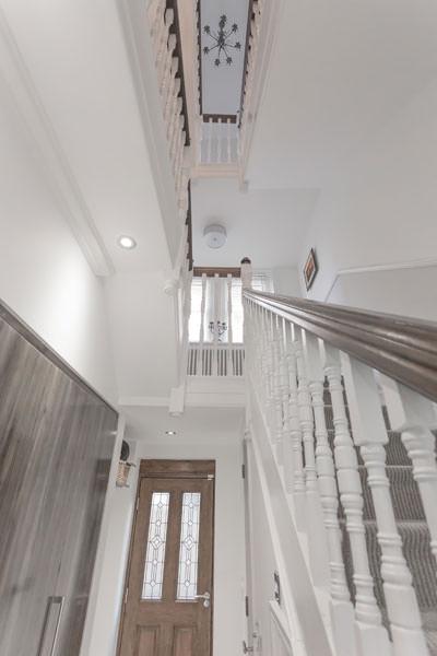 0431 - Rénovation et grande extension contemporaine à Teddington vorbild-architecture-18