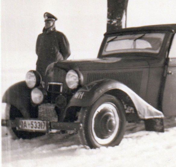 Adler-Trumpf_1940_Front