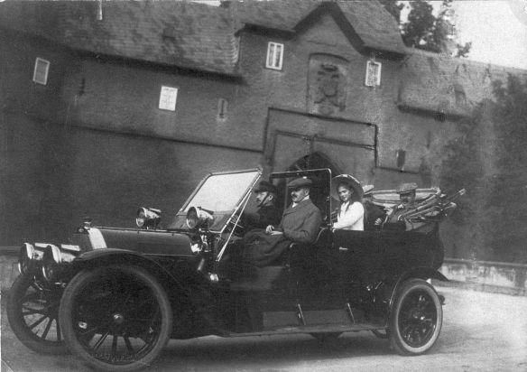 Opel_Friedberg_Burg_1910_Galerie
