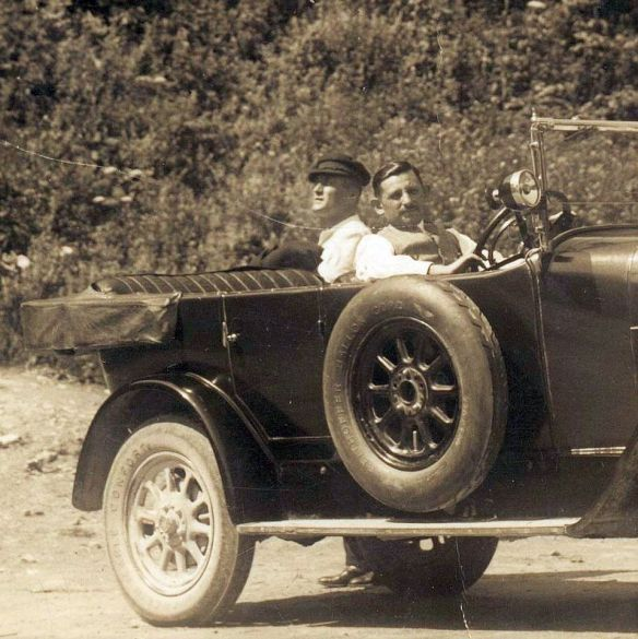 Fiat_501_Tourenwagen_ab_1922_Insassen