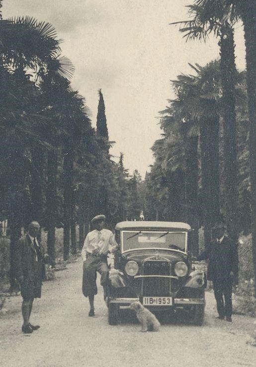Mercedes_200_Italienfahrt_30er_Jahre_rechts