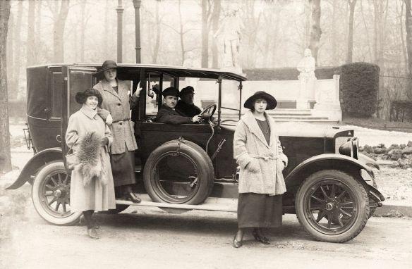 durkopp_p10_10-30ps_im_tiergarten_datiert_1924_galerie