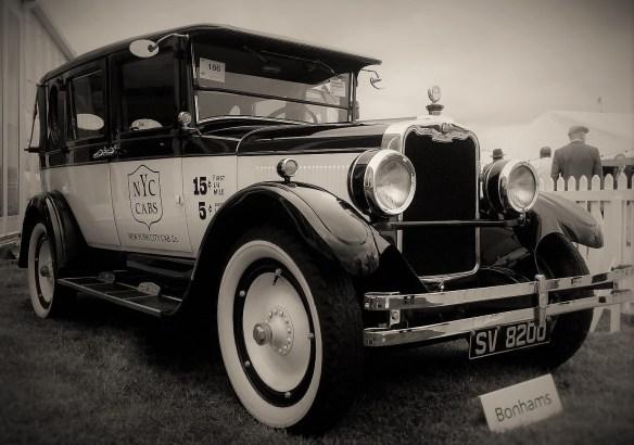 peerless_taxi_landaulet_1927_2sw