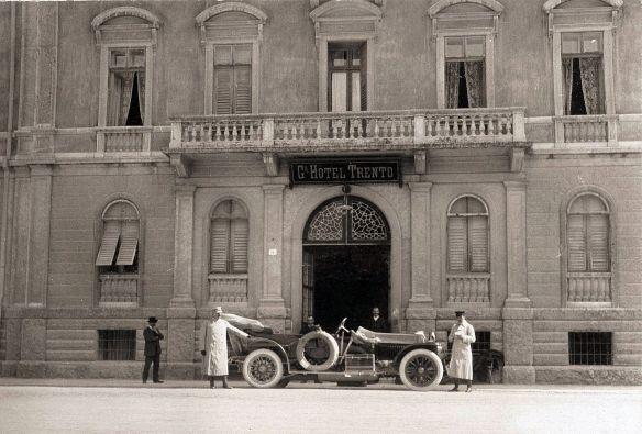 graf_und_stift_modell_1911_grand_hotel_trento_galerie