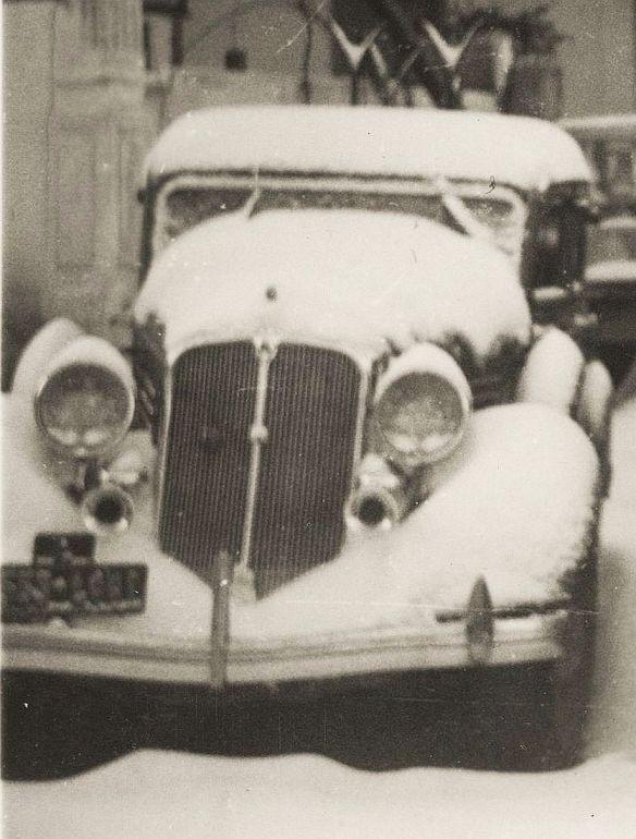 chrysler_ca_1934_studebaker_1937_palace_hotel_becharre_03-1940_ausschnitt2