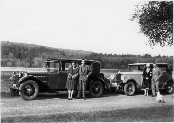 Steyr_Typ_XX_1929_und_Stoewer 8_Typ G14_Galerie