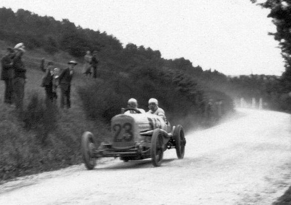 NSU_5-25_PS_Rennwagen_Taunus_1925_Ausschnitt