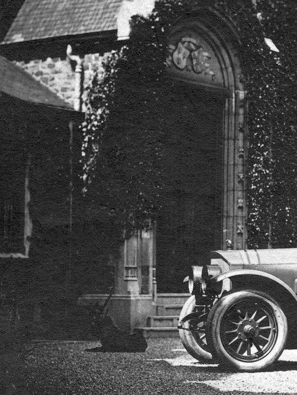 Benz_evtl_25-55_PS_Schloss_Verviers_Ausschnitt3