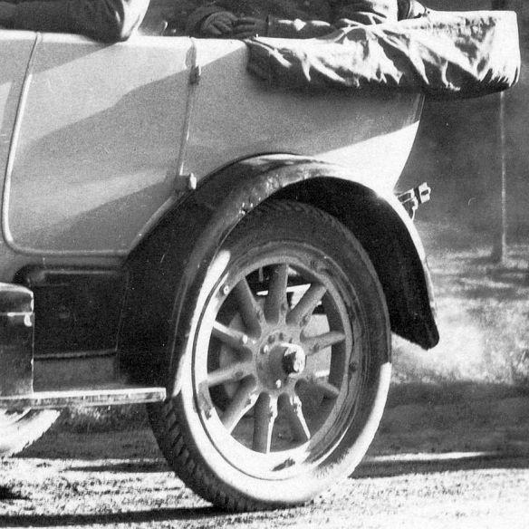 Mercedes_ab_1914_04-1929_Heckpartie