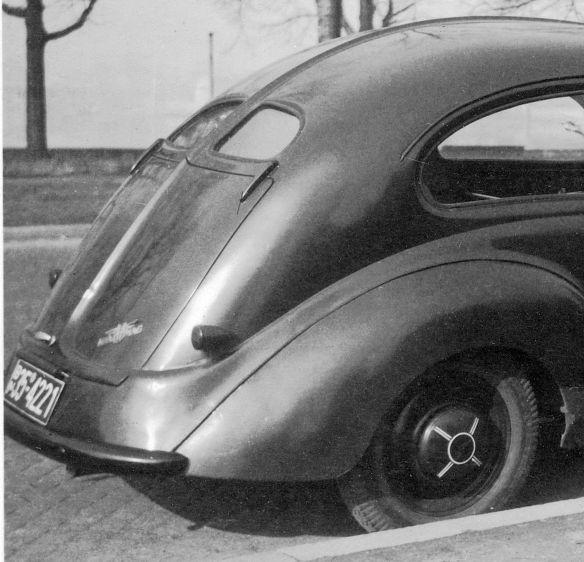 Hanomag_1.3_Liter_1950_Heckpartie