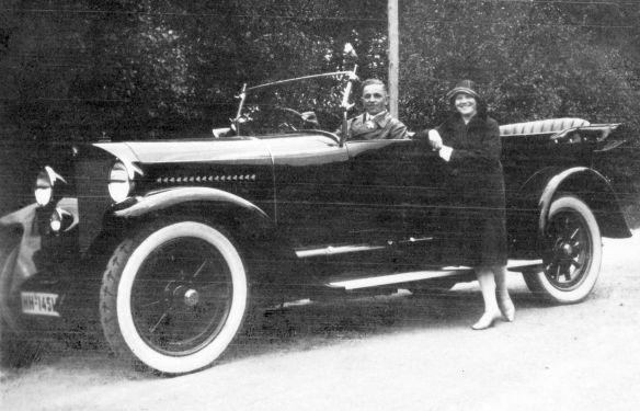 Benz_10-30_PS_ab_1921_Galerie
