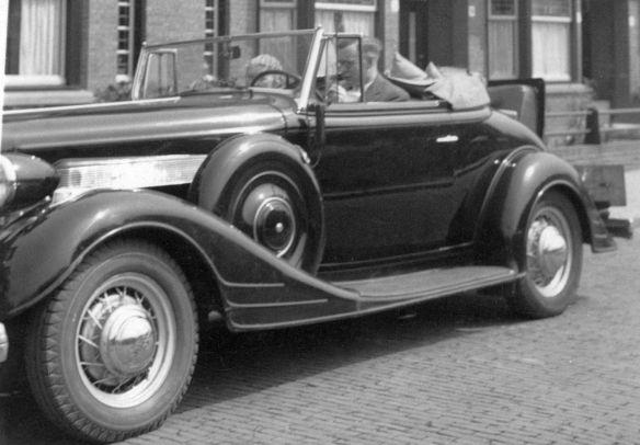 Pontiac_Eight_1934_2_Galerie